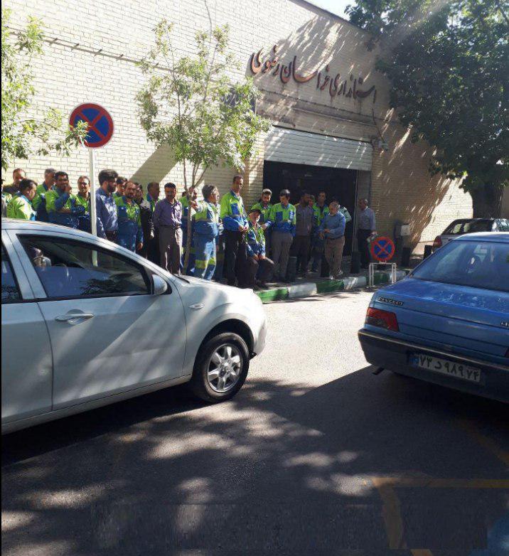 mashhad_train_workers.jpg