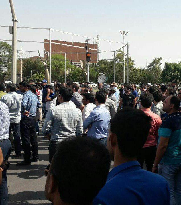 ahvaz_iran_steel_workers_protest_over_unpaid_wages_june_10.jpg